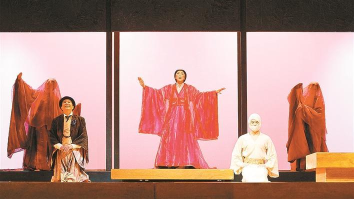 《蝴蝶夫人》则让深圳终于可以领略原版歌剧这颗表演艺术皇冠上的明珠图片