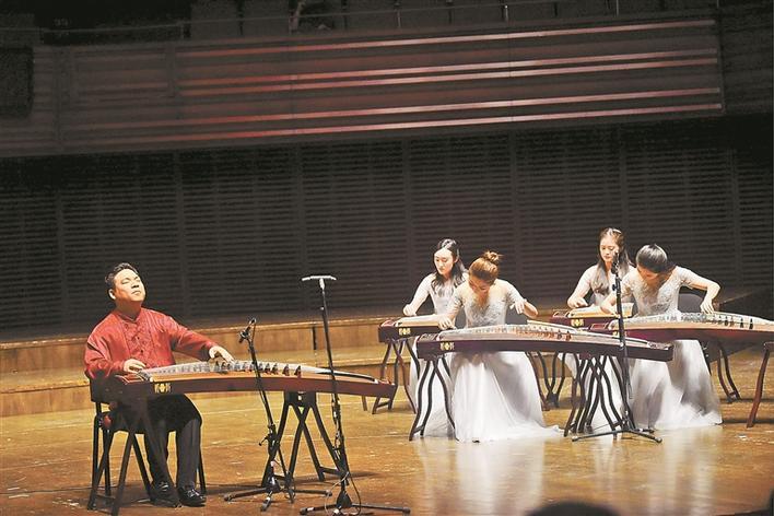 梅兰竹菊国乐音乐会举行